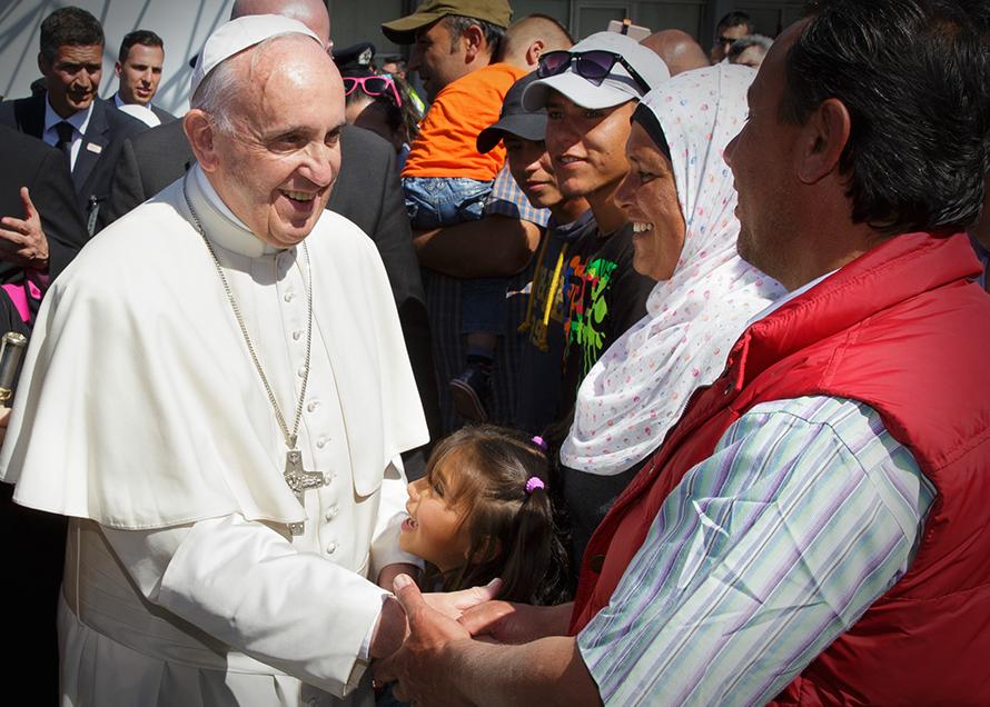 Migrantes y Refugiados - Papa Francesco