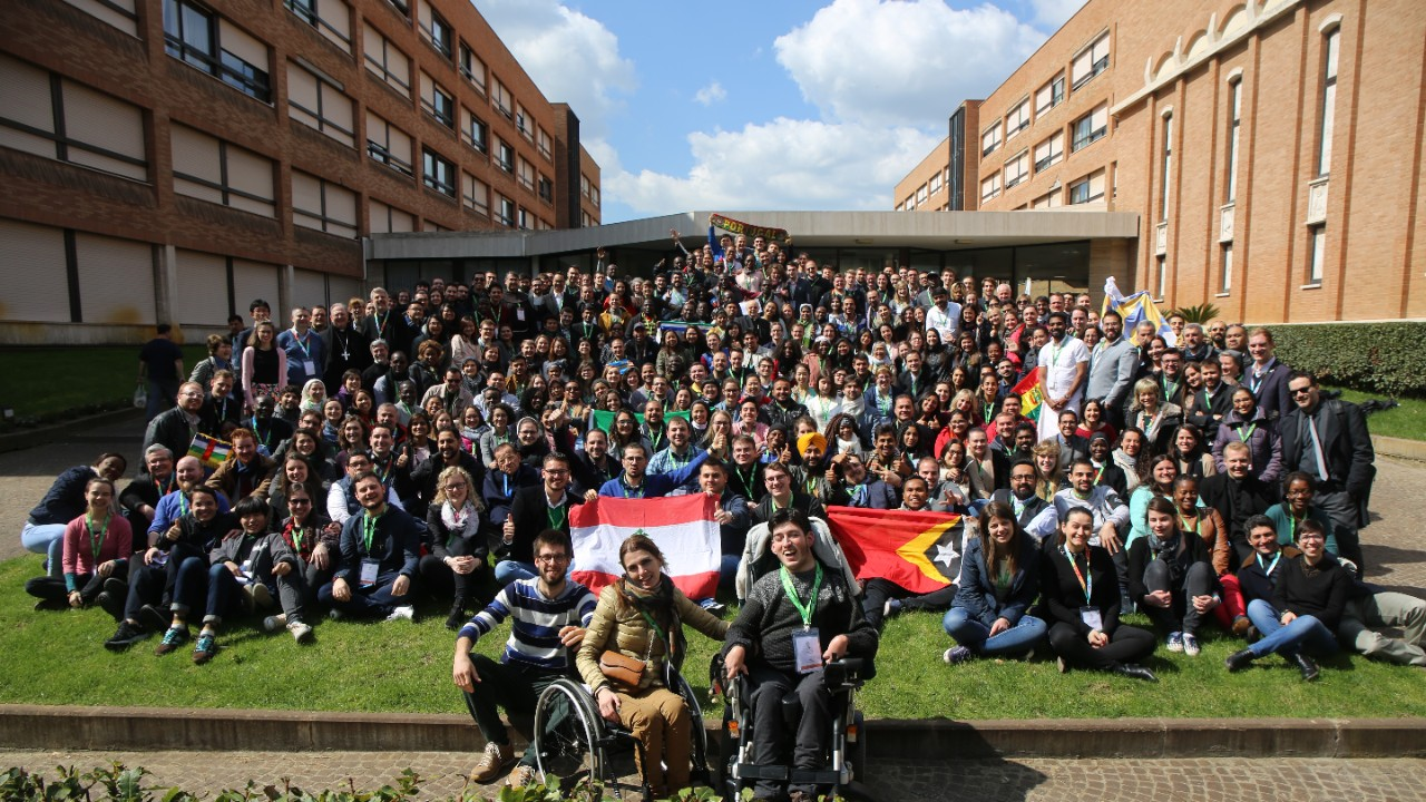 international synod Migrants and Refugees