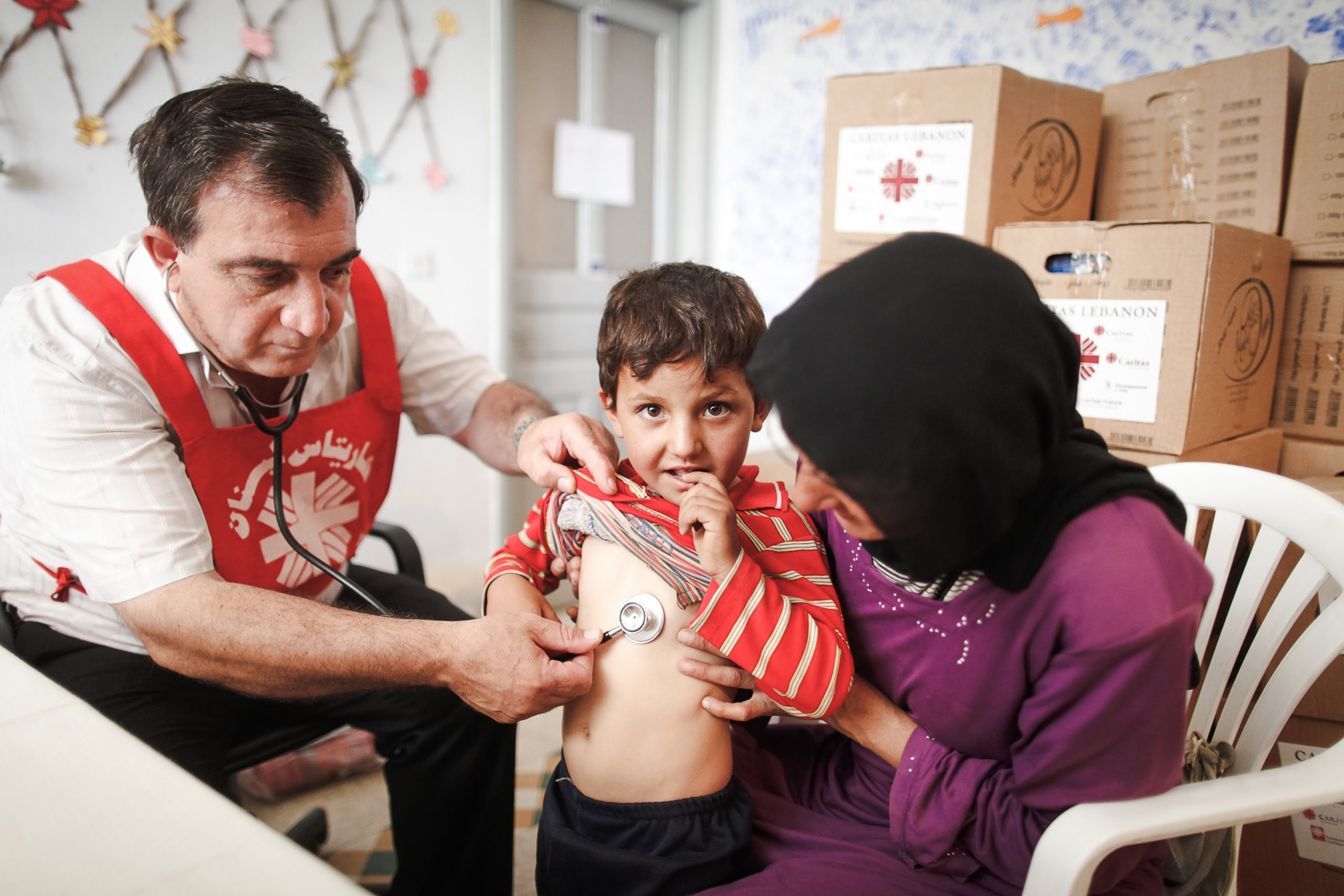 Medical check up Syrian refugees Migrants and Refugees
